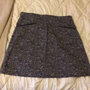 Houndstooth Stretch Skirt